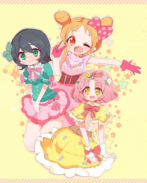 Tags: Anime, Orange Eyes, Flower Crown, Twin Buns, Yellow Background, Puffy Sleeves, Pink Skirt
