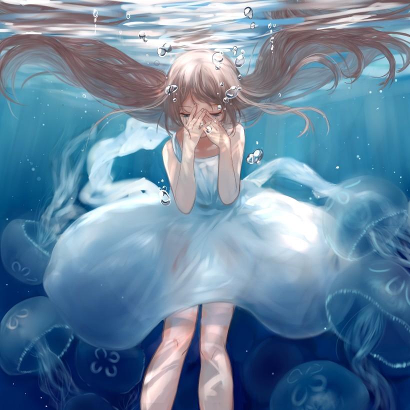 Девушка аниме под водой