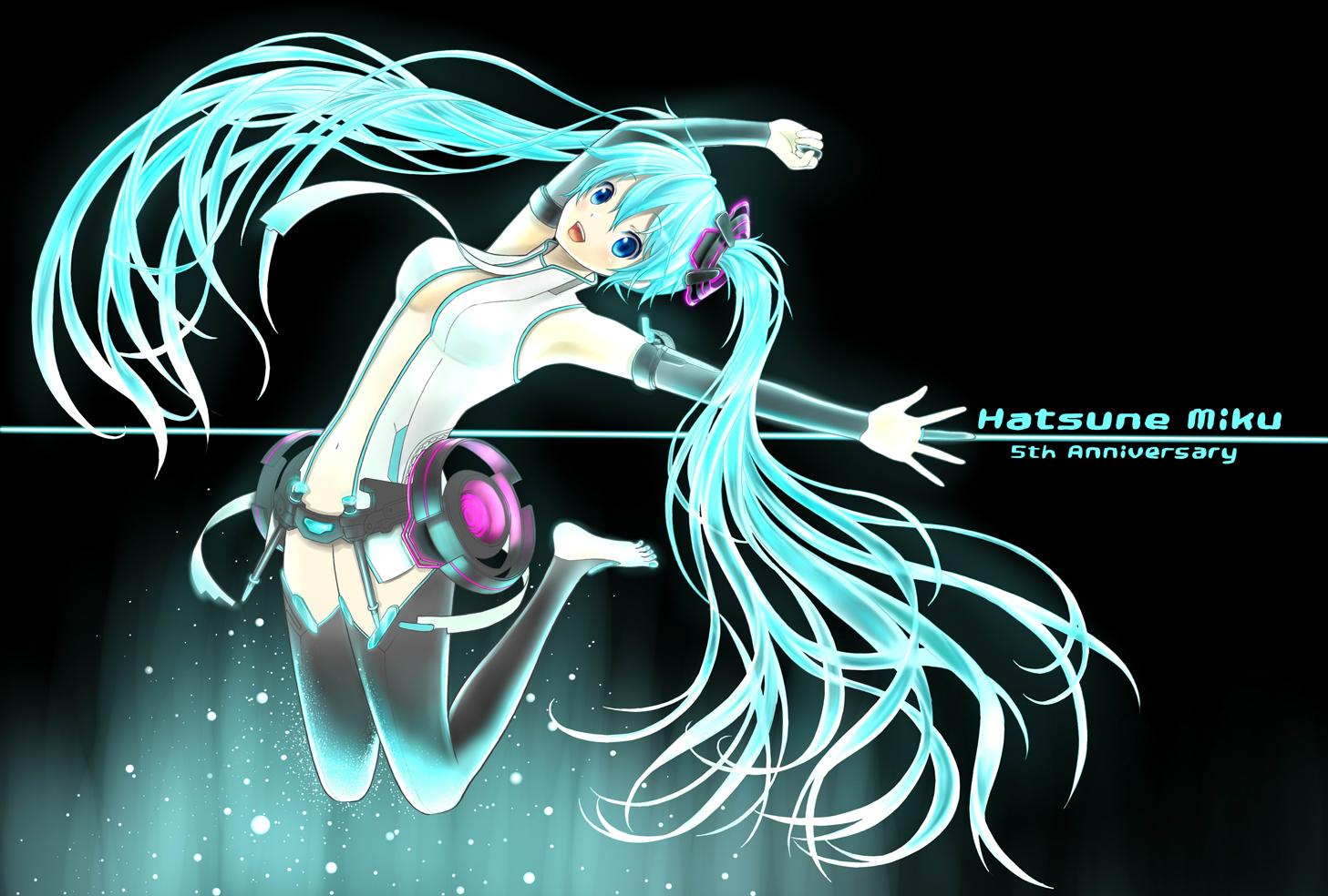 [Image: Hatsune.Miku.full.1349172.jpg]
