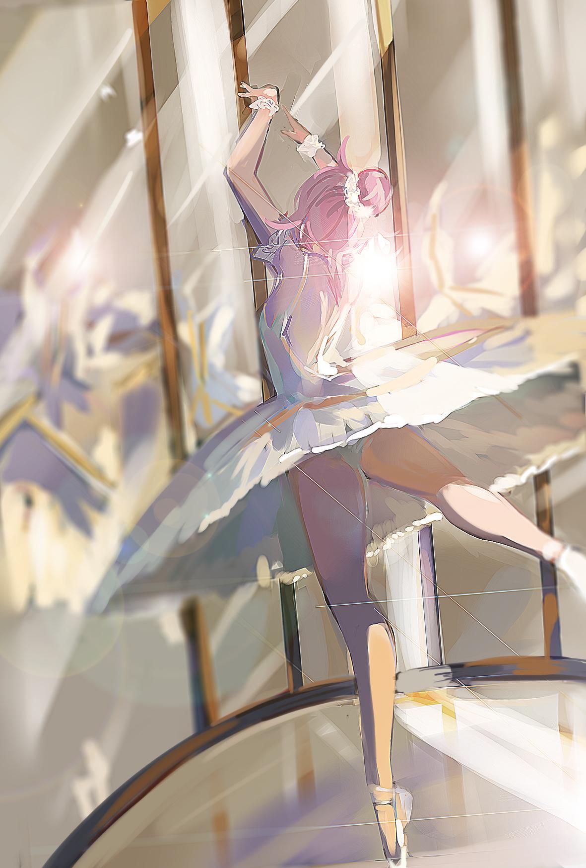 Картинка аниме девушка танцует
