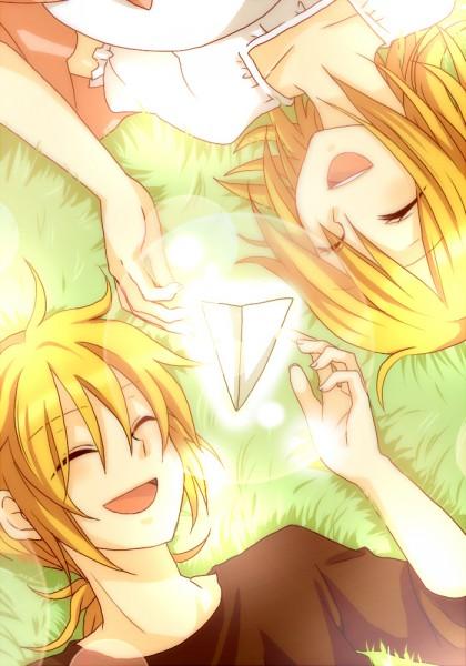 Tags: Anime, Ryou (pixiv247657), Vocaloid, Kagamine Len, Kagamine Rin, Paper Airplane