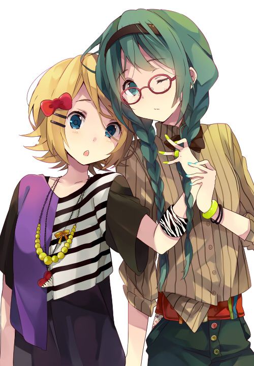 Tags: Anime, Ousaka Nozomi, VOCALOID, Kagamine Rin, Hatsune Miku, Rolled Up Sleeves, Zebra Print