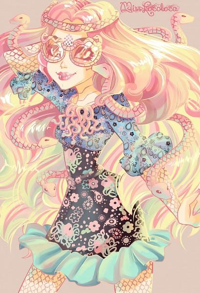 Tags: Anime, Misslocoloca, Monster High, Viperine Gorgon, Snake, Two-tone Hair, Text: Mangaka Name